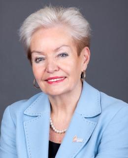 Karin Pflug
